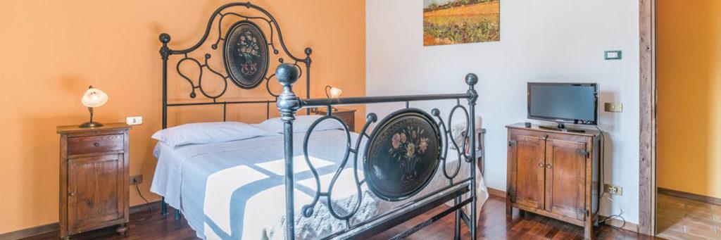Agriturismo Perugia tariffe Casale villa Chiara