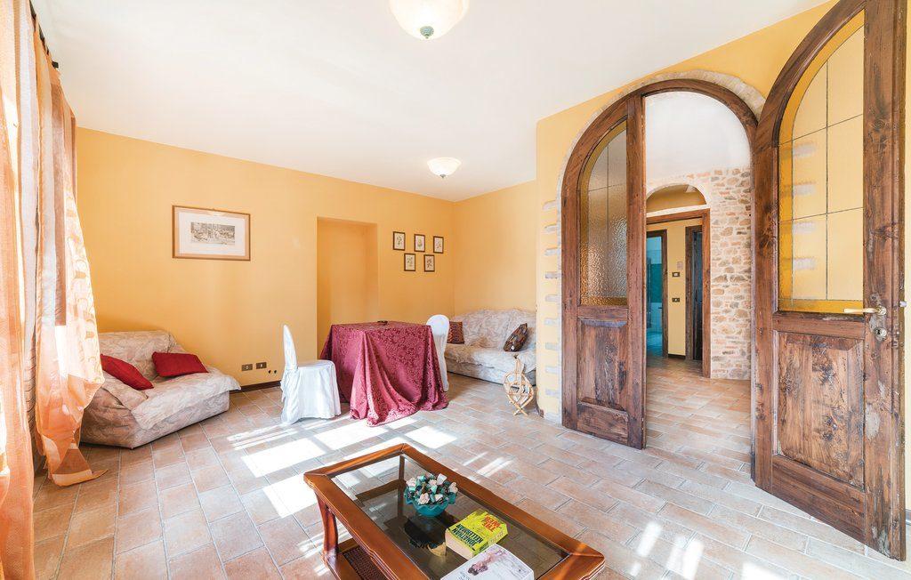 Agriturismo Perugia. Casale Villa Chiara, interni