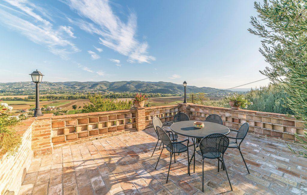 Agriturismo Torgiano Casale Villa Chiara Perugia Umbria